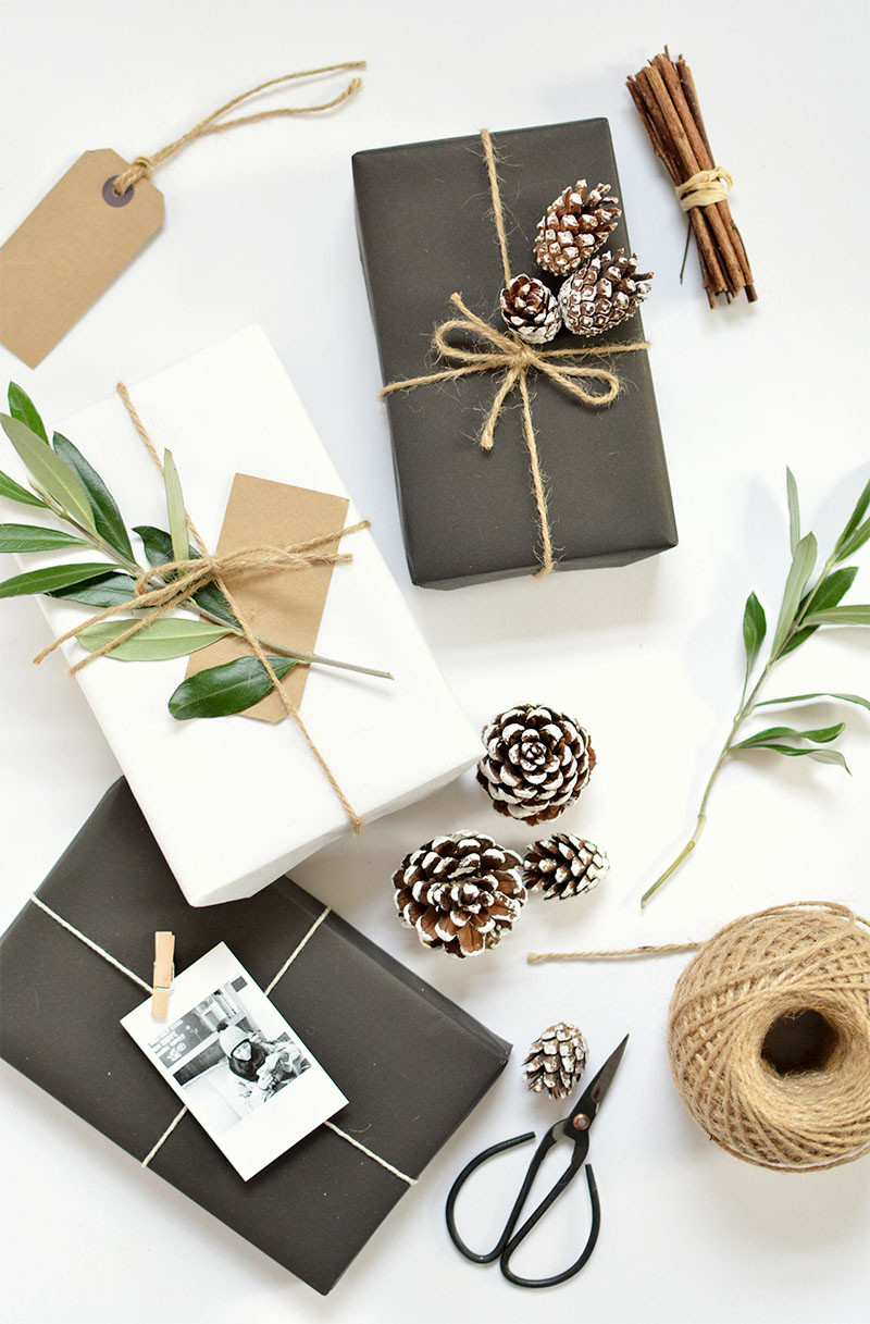 Best ideas about DIY Christmas Wrapping Paper . Save or Pin DIY 5 t wrap ideas for christmas Now.