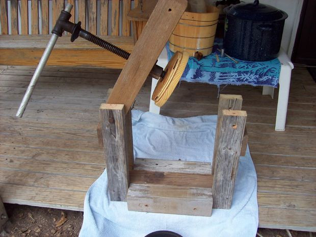 Best ideas about DIY Cider Press . Save or Pin Small Homebuilt Cider Press All Now.