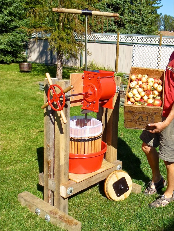 Best ideas about DIY Cider Press . Save or Pin How to build a cider press and harvest apple juice Now.