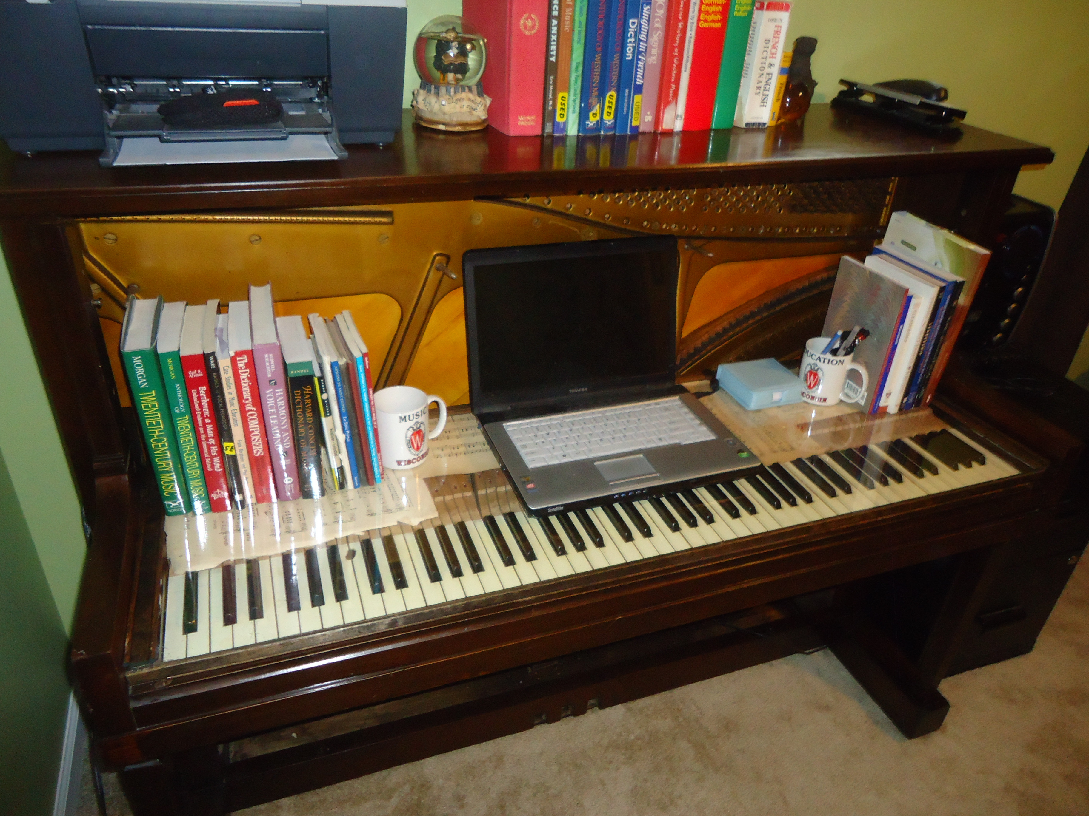 Best ideas about DIY Computer Desks . Save or Pin DIY puter Desk from an old upright piano Now.
