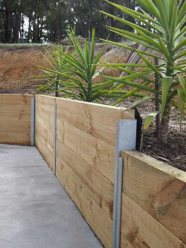 Best ideas about DIY Concrete Retaining Wall . Save or Pin 20 Inspiring Tips for Building a DIY Retaining Wall Now.