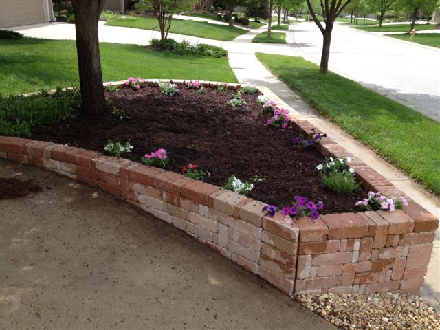 Best ideas about DIY Concrete Retaining Wall . Save or Pin DIY Retaining Wall & Concrete Mold Bricks Now.