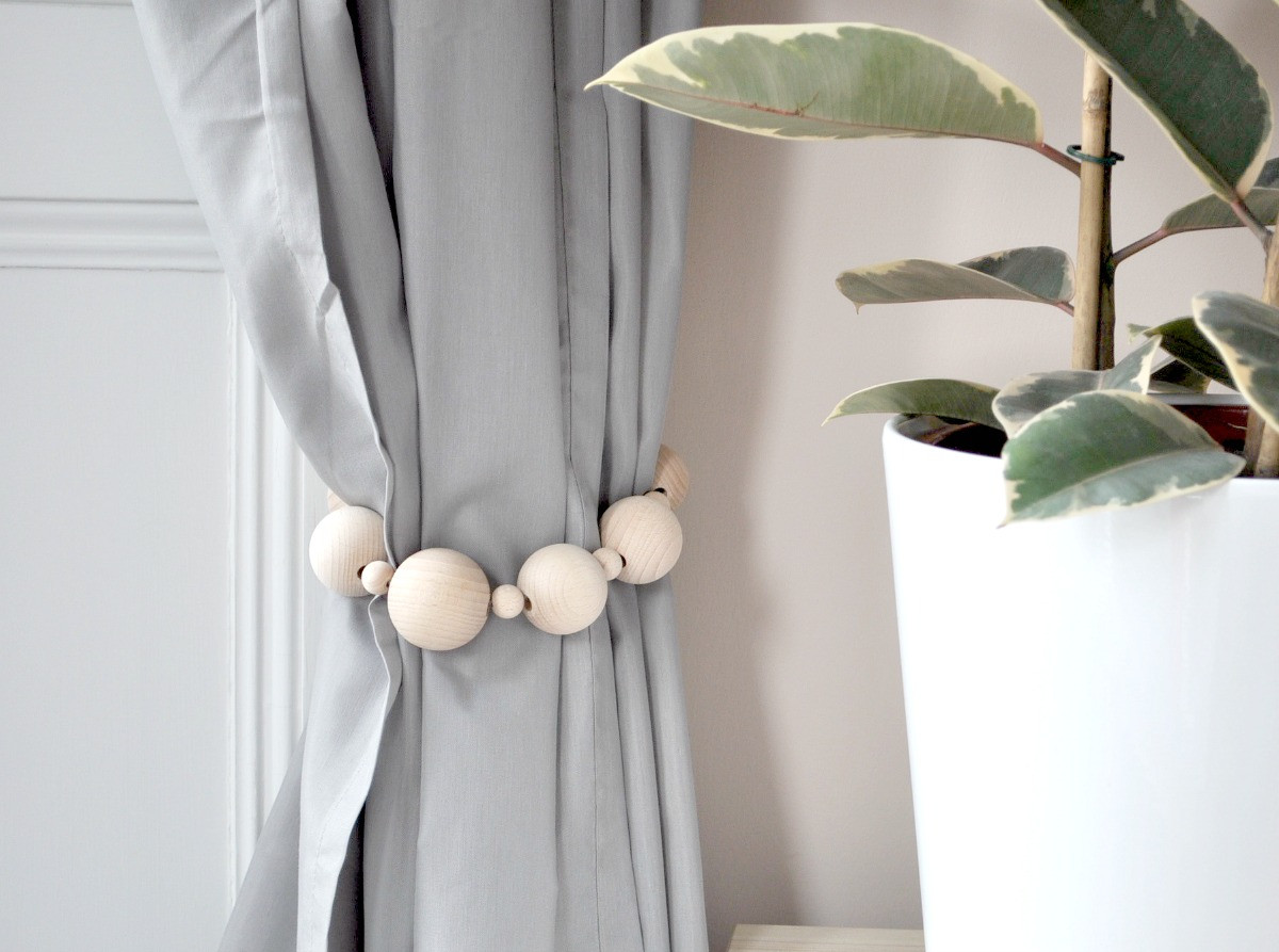 Best ideas about DIY Curtain Tie Back . Save or Pin BEAUTIFUL DIY CURTAIN TIES BACKS ON A BUDGET INTERIOR Now.