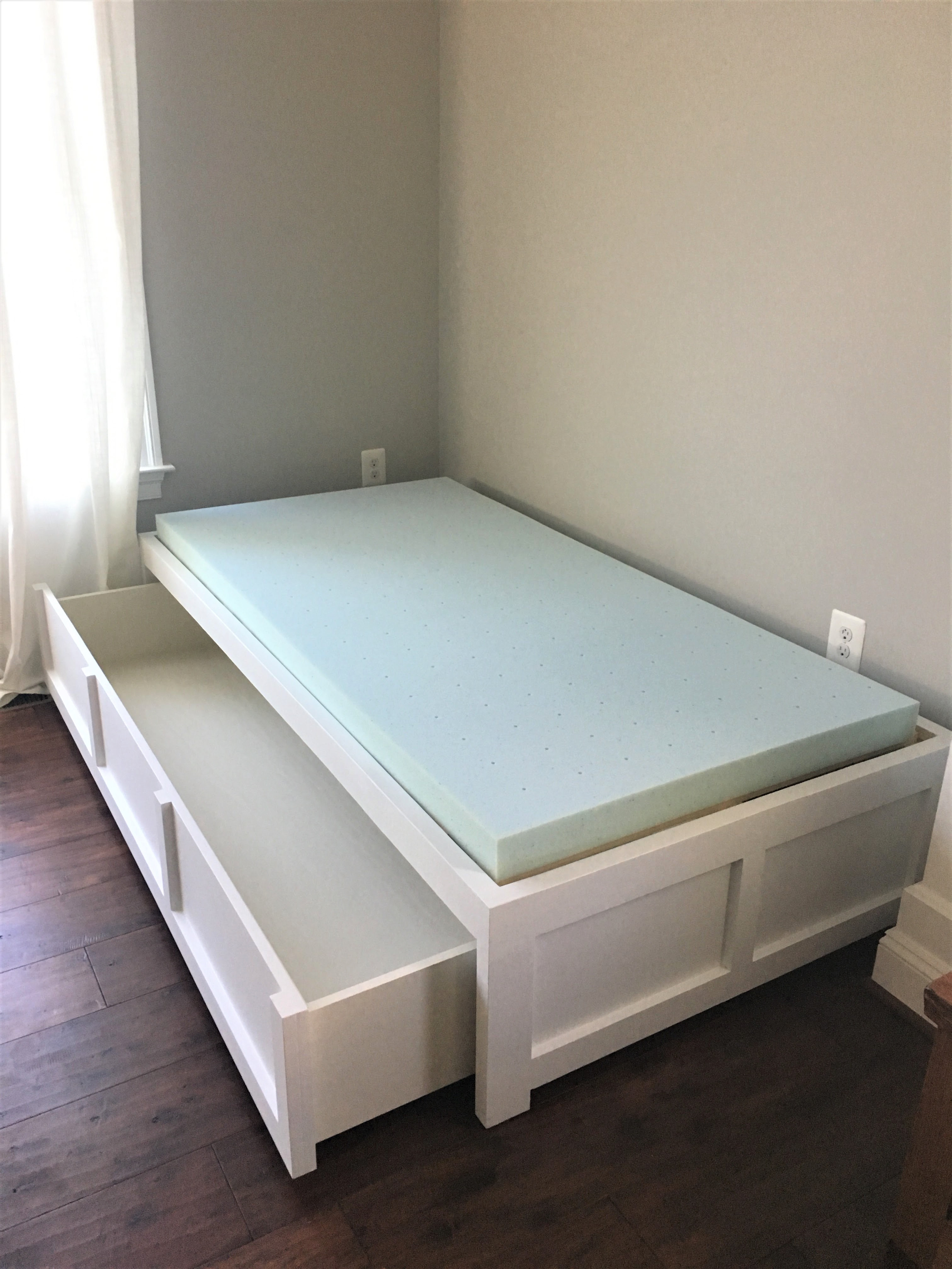 Best ideas about DIY Daybed Frame . Save or Pin Furniture Appealing Diy Daybed For Your Home Now.
