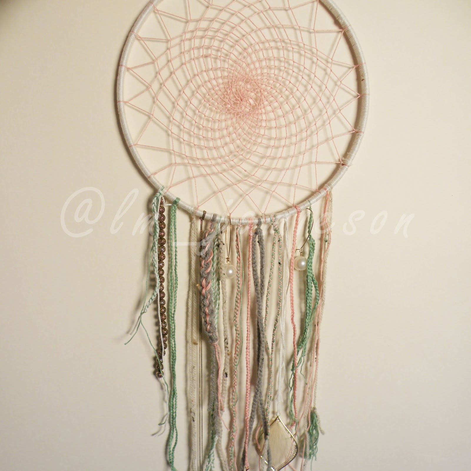 Best ideas about DIY Dream Catchers . Save or Pin Lin Marie Jamieson Easy DIY dream catcher Now.