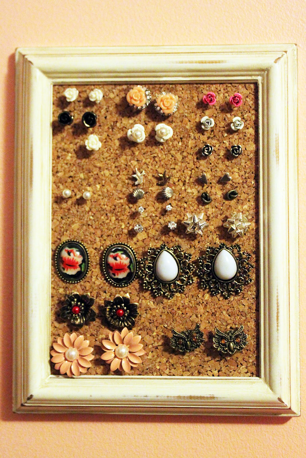 Best ideas about DIY Earring Display . Save or Pin Rookie Crafter Pretty Jewelry Displays Now.