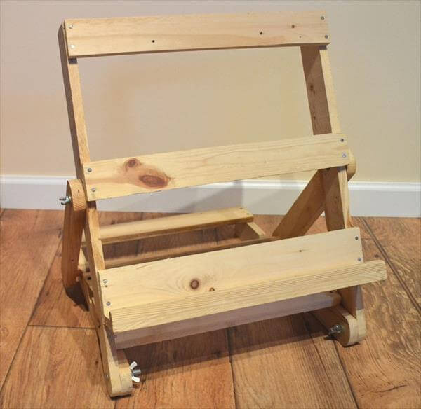 Best ideas about DIY Easel Stand . Save or Pin DIY Wood Pallet Easel Pallet Art Now.