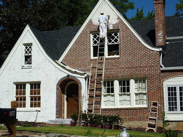 Best ideas about DIY Exterior House Painting . Save or Pin Best 25 How to paint a brick house ideas on Pinterest Now.
