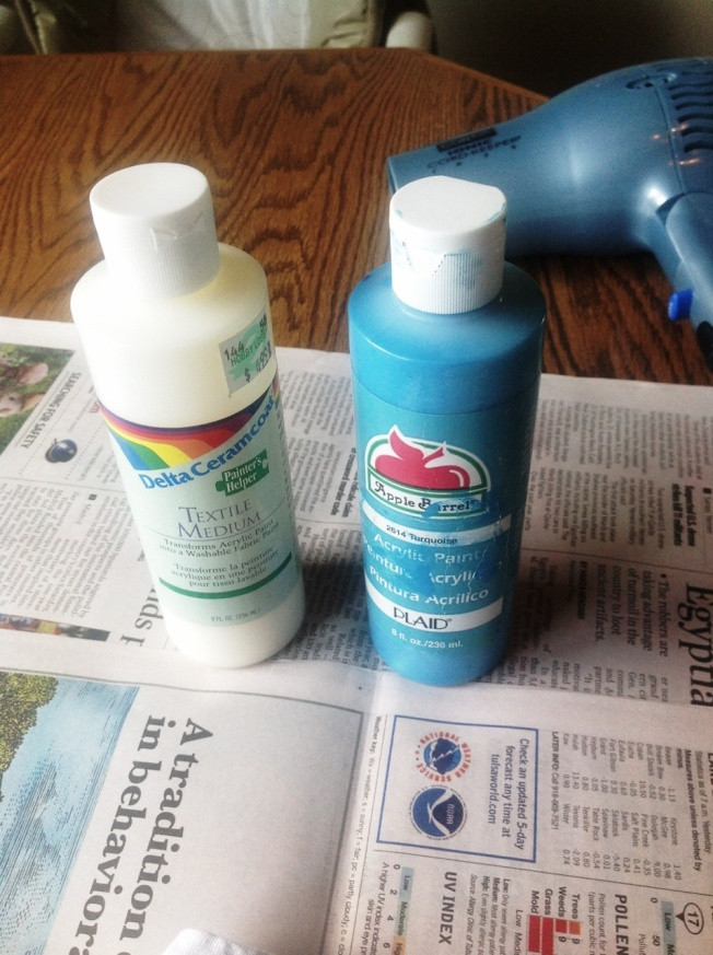 Best ideas about DIY Fabric Paint . Save or Pin Make Your Own Fabric Spray Paint DIY Now.
