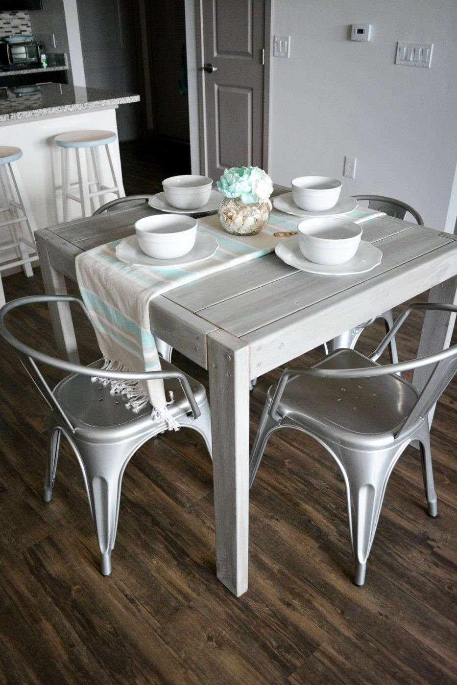 Best ideas about DIY Farmhouse Kitchen Table . Save or Pin DIY Farmhouse Table For Under $40 Now.