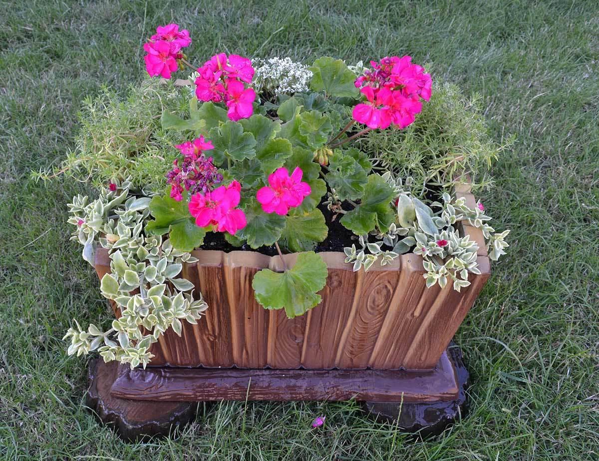 Best ideas about DIY Flower Garden . Save or Pin 5 PIECES SET MOLDS FOR CONCRETE PLANTER DECORATIVE FLOWER Now.