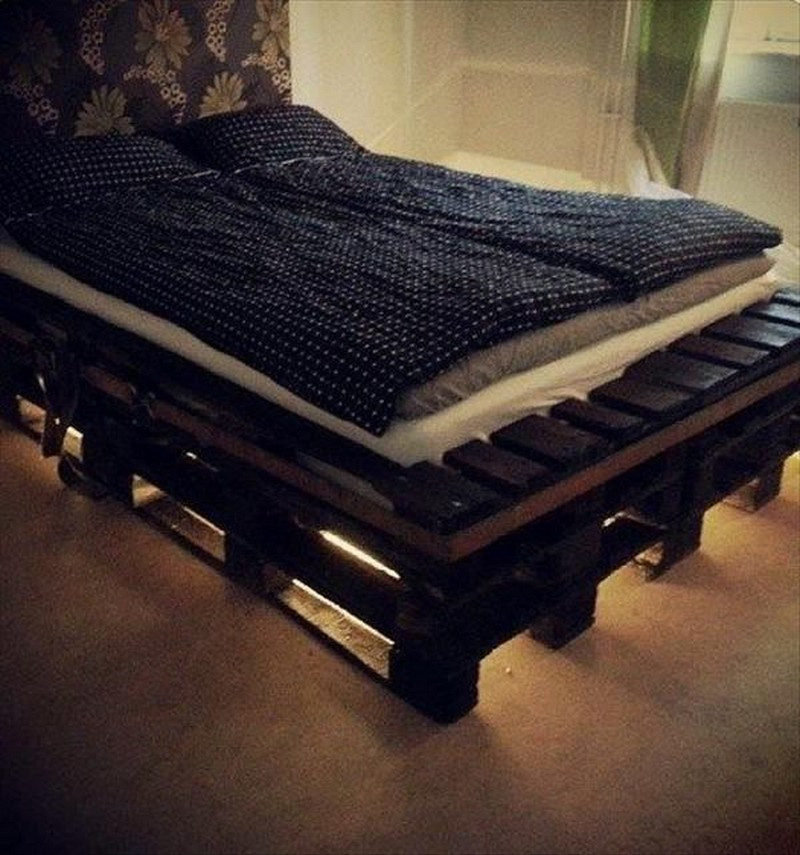 Best ideas about DIY Full Size Bed Frame . Save or Pin 33 Cool DIY Recycled Pallet Bed Frame To Duplicate DIY Now.