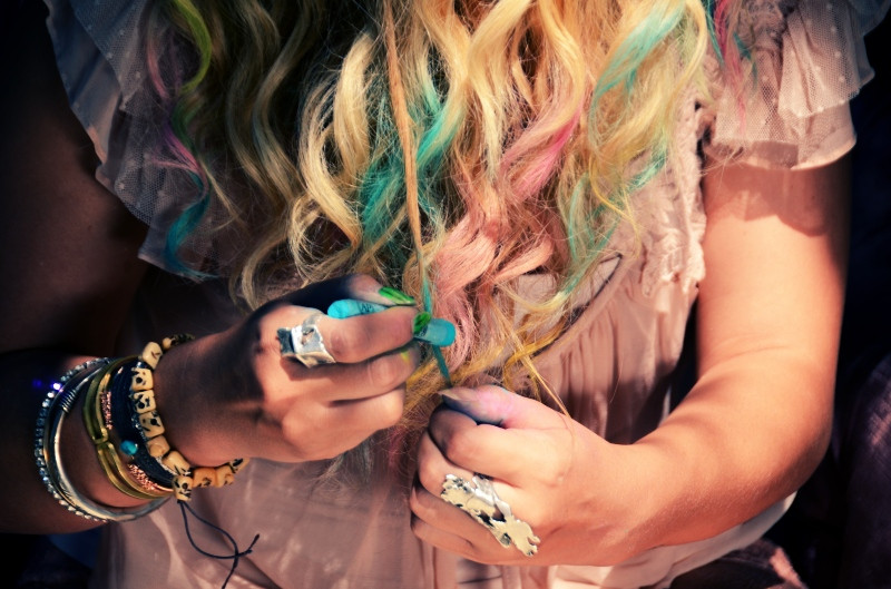 Best ideas about DIY Hair Chalking . Save or Pin Mr Kate DIY colorful pastel chalk tips hair tutorial Now.