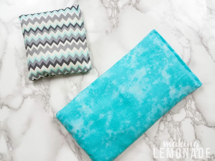 Best ideas about DIY Heating Pad . Save or Pin DIY Aromatherapy Rice Bags Natural Heating Pads Now.