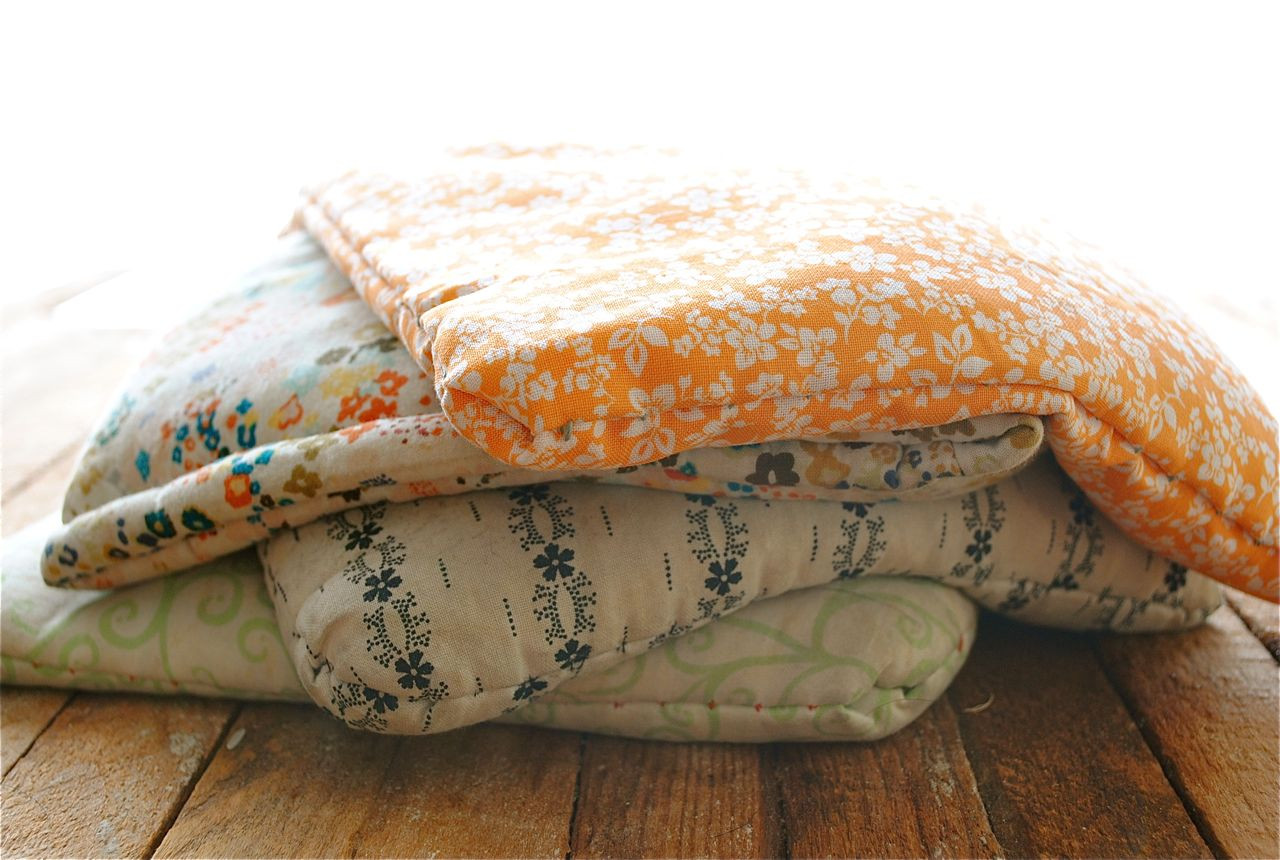 Best ideas about DIY Heating Pad . Save or Pin DIY Rice Sack Heating Pads Now.