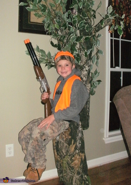 Best ideas about DIY Hunter Costume . Save or Pin Hunter in a Tree Stand DIY Illusion Halloween Costume Now.