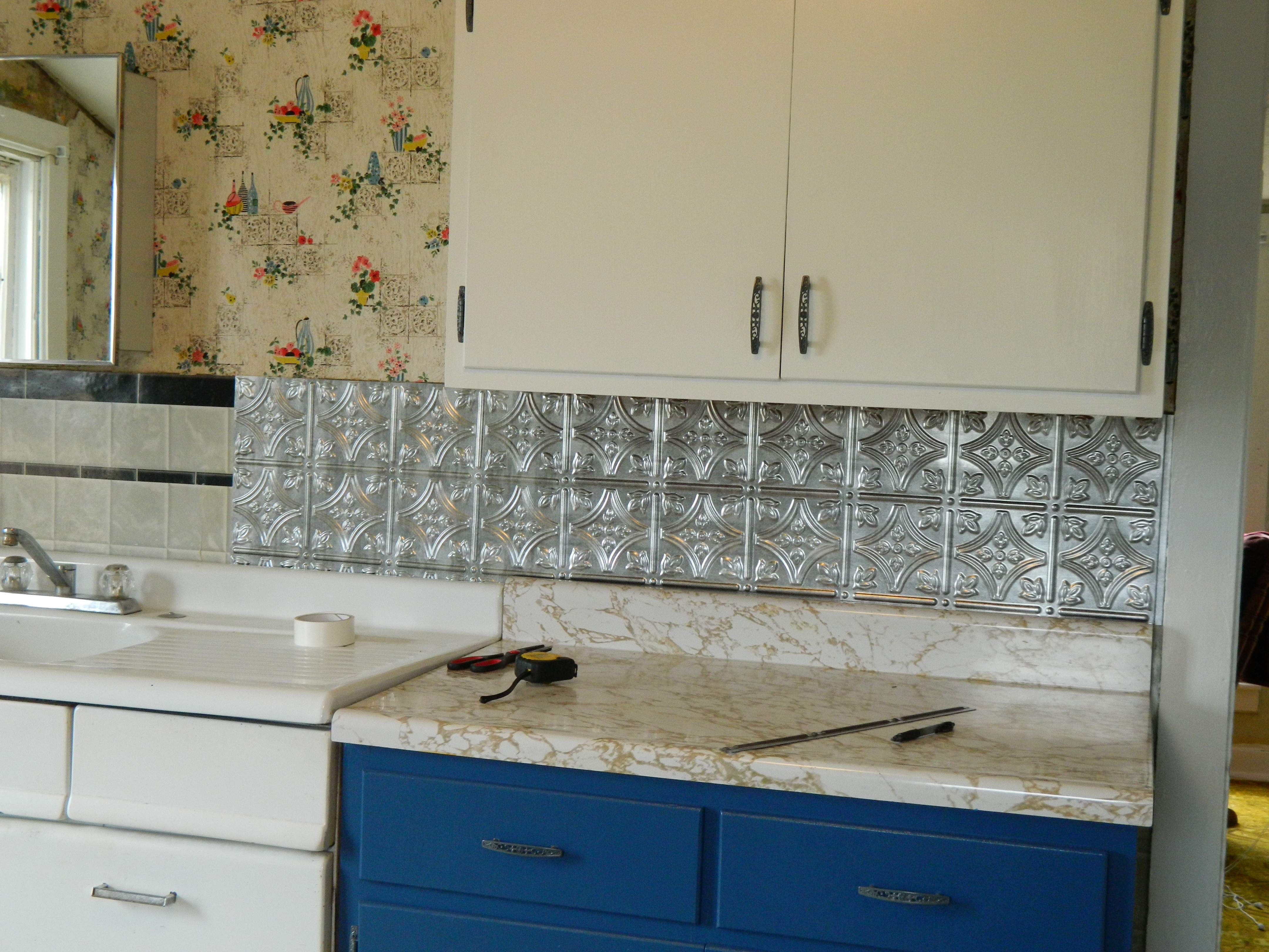Best ideas about DIY Kitchen Tiling . Save or Pin Diy Glass Backsplashes For Kitchens – Wow Blog Now.
