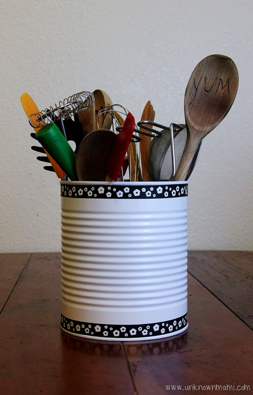 Best ideas about DIY Kitchen Utensil Holder . Save or Pin DIY Tin Can Utensil Holder Unknown Mami™ by Claudya Now.
