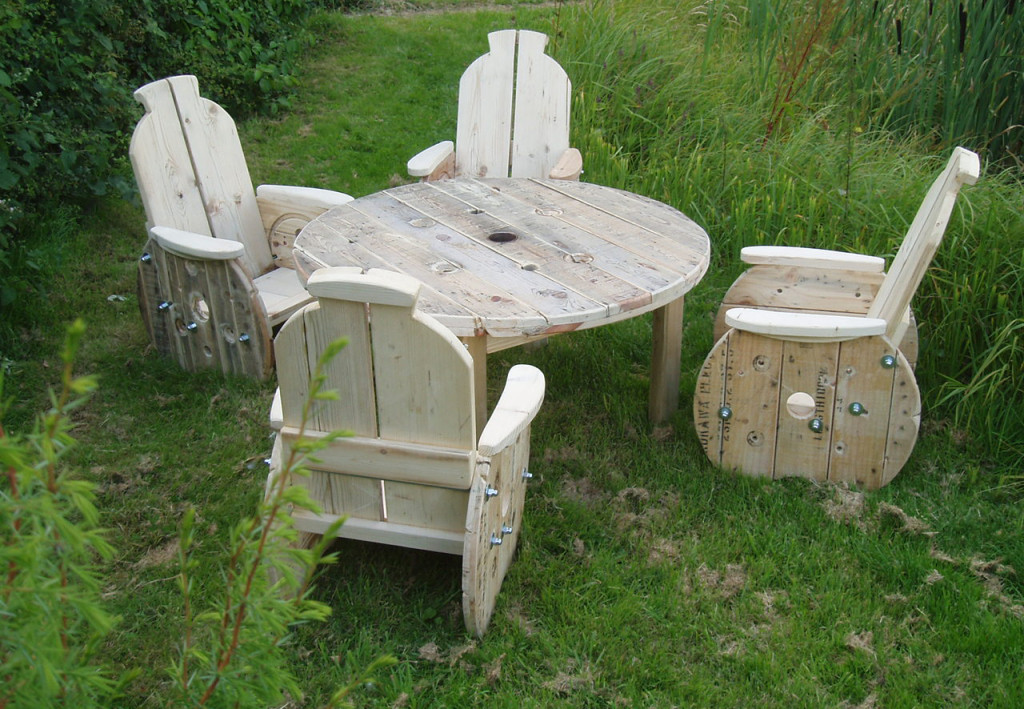 Best ideas about DIY Lawn Furniture . Save or Pin DIY Patio Furniture Now.