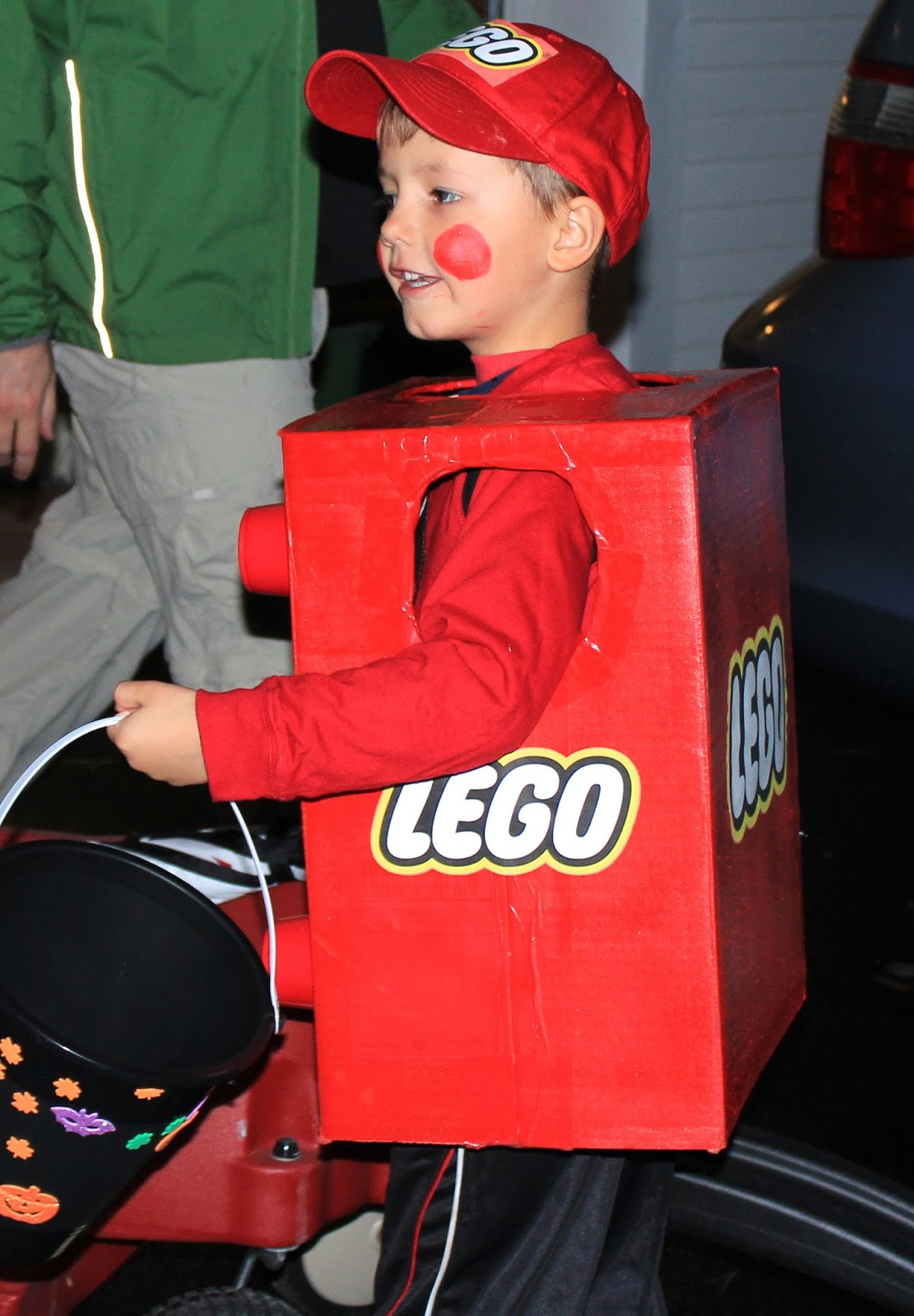 Best ideas about DIY Lego Costume . Save or Pin East Coast Mommy 20 Awesome No Sew Costumes for Kids Now.