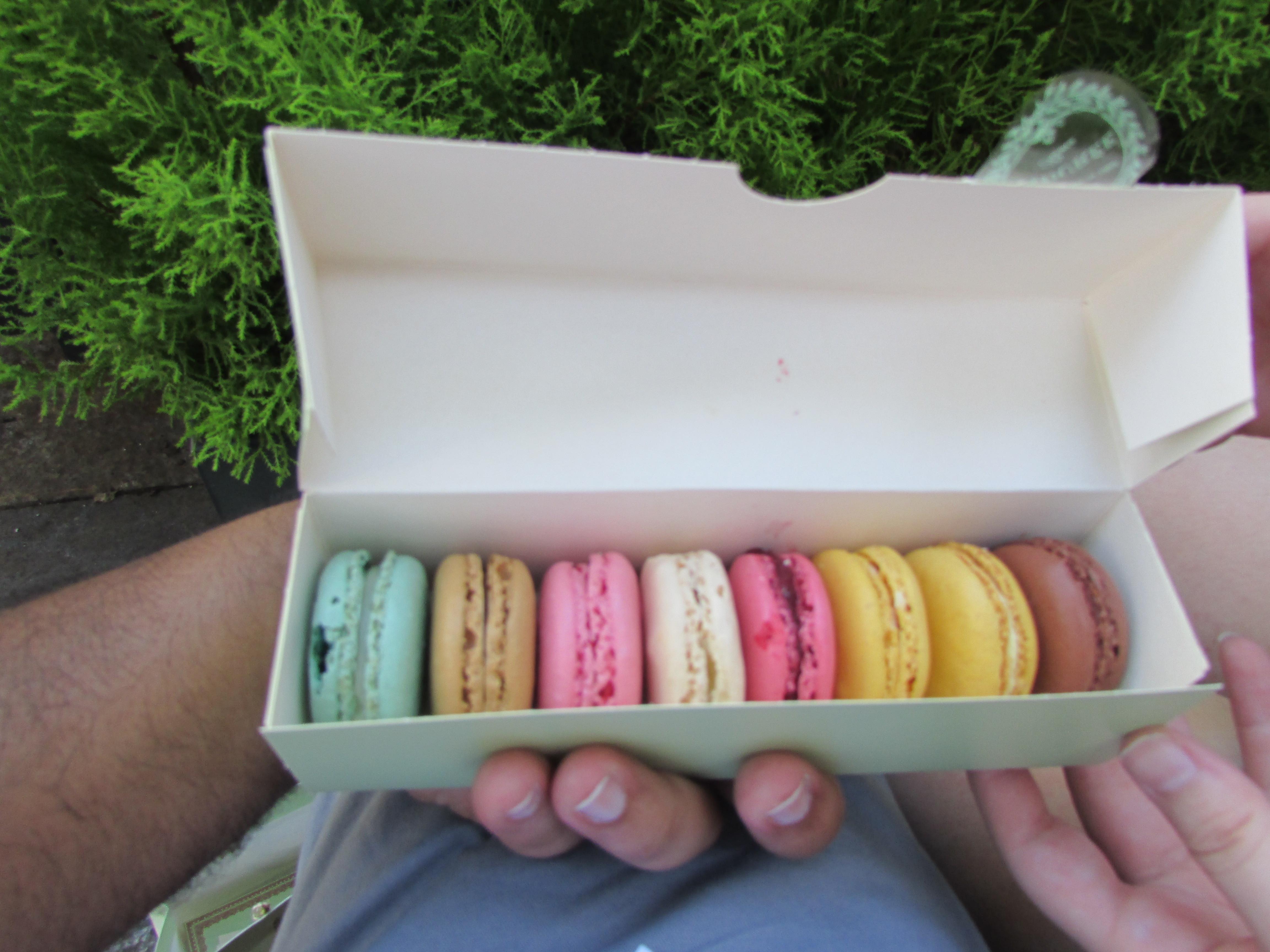 Best ideas about DIY Macaron Box . Save or Pin Ladurée DIY Now.