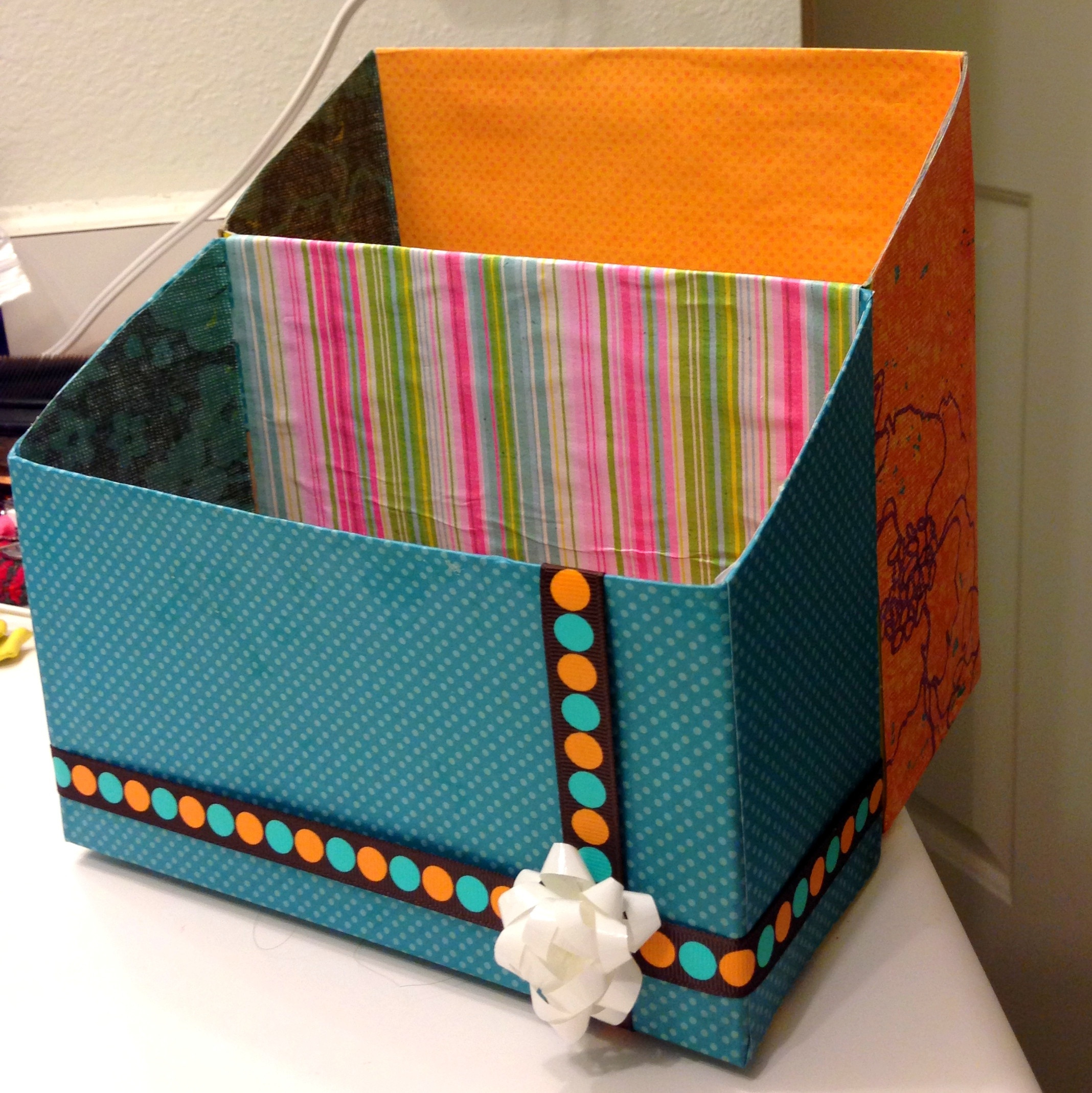 Best ideas about DIY Mail Organizer Cardboard . Save or Pin DIY mail organizer from cereal box Now.