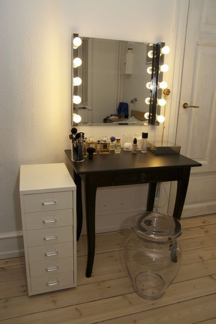 Best ideas about DIY Makeup Mirrors With Lights . Save or Pin Best 25 Diy vanity mirror ideas on Pinterest Now.