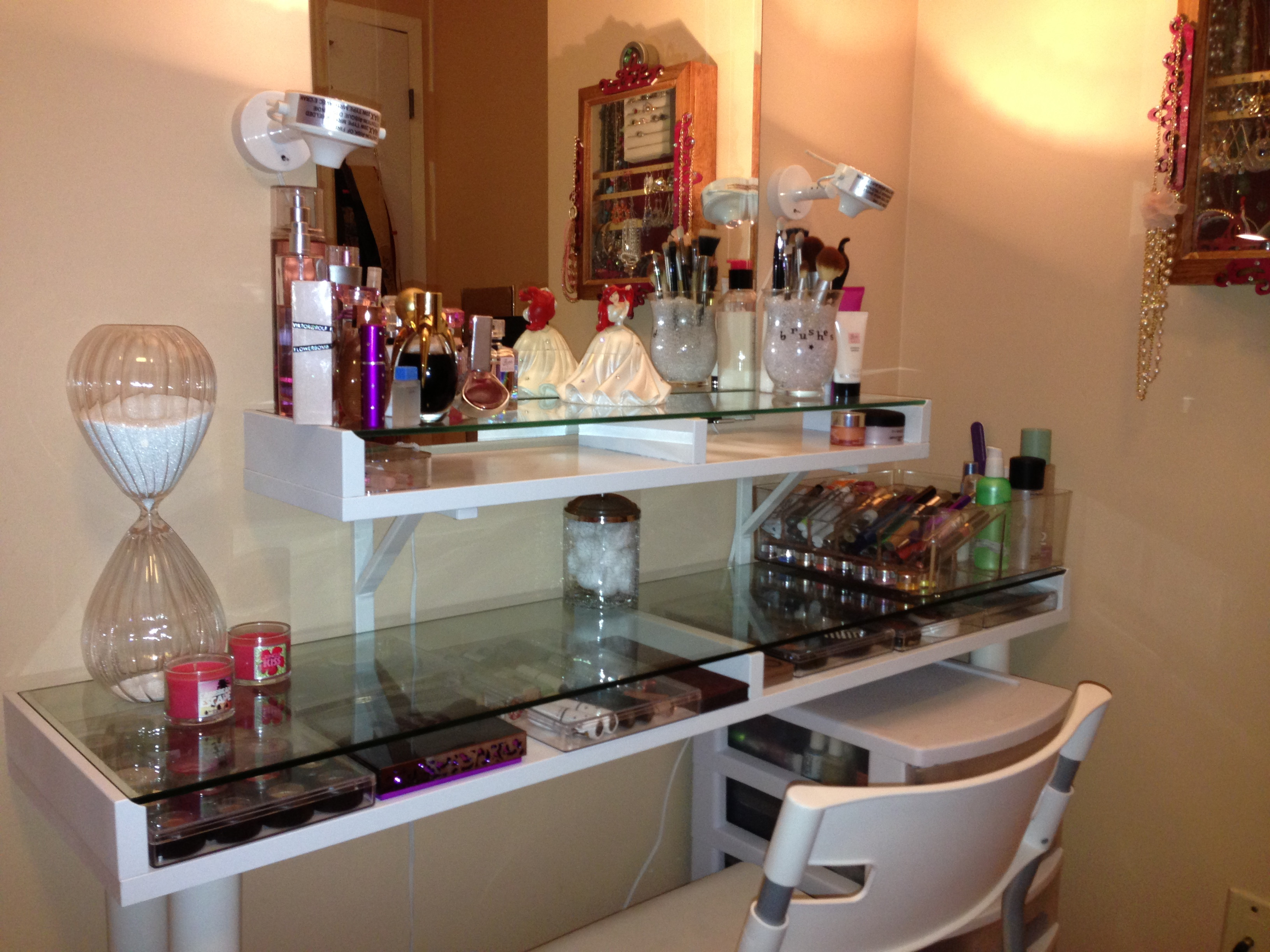 Best ideas about DIY Makeup Vanity Lighting . Save or Pin DIY Now.