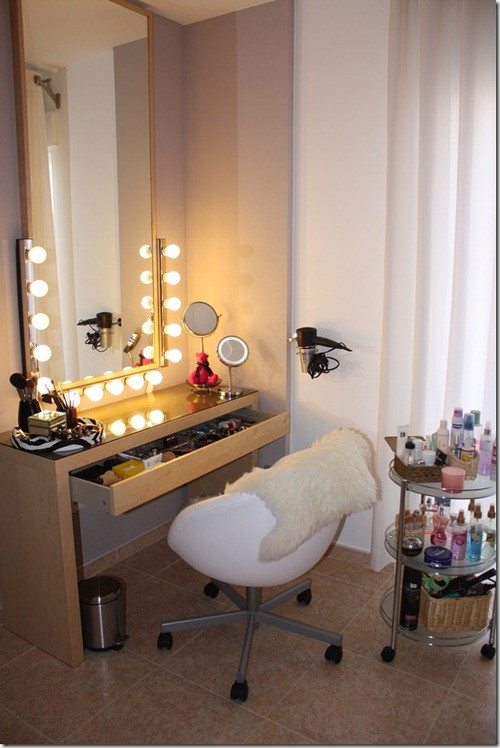 Best ideas about DIY Makeup Vanity Lighting . Save or Pin I Am Elizabeth Martz Now.