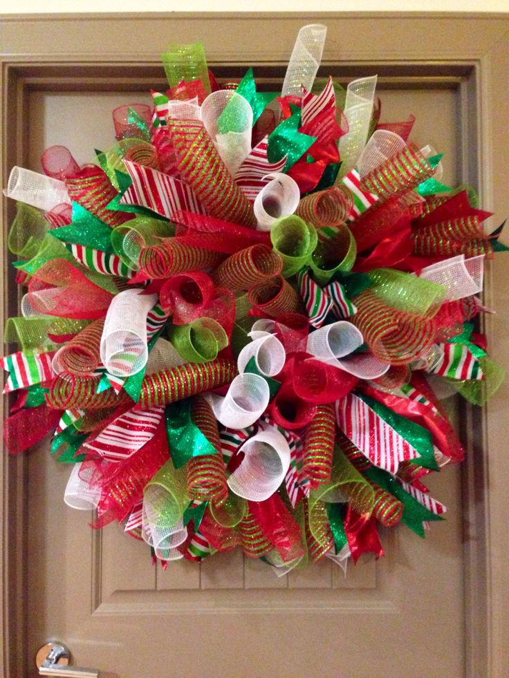 Best ideas about DIY Mesh Christmas Wreath . Save or Pin Another Curly Deco Mesh Christmas Wreath Now.
