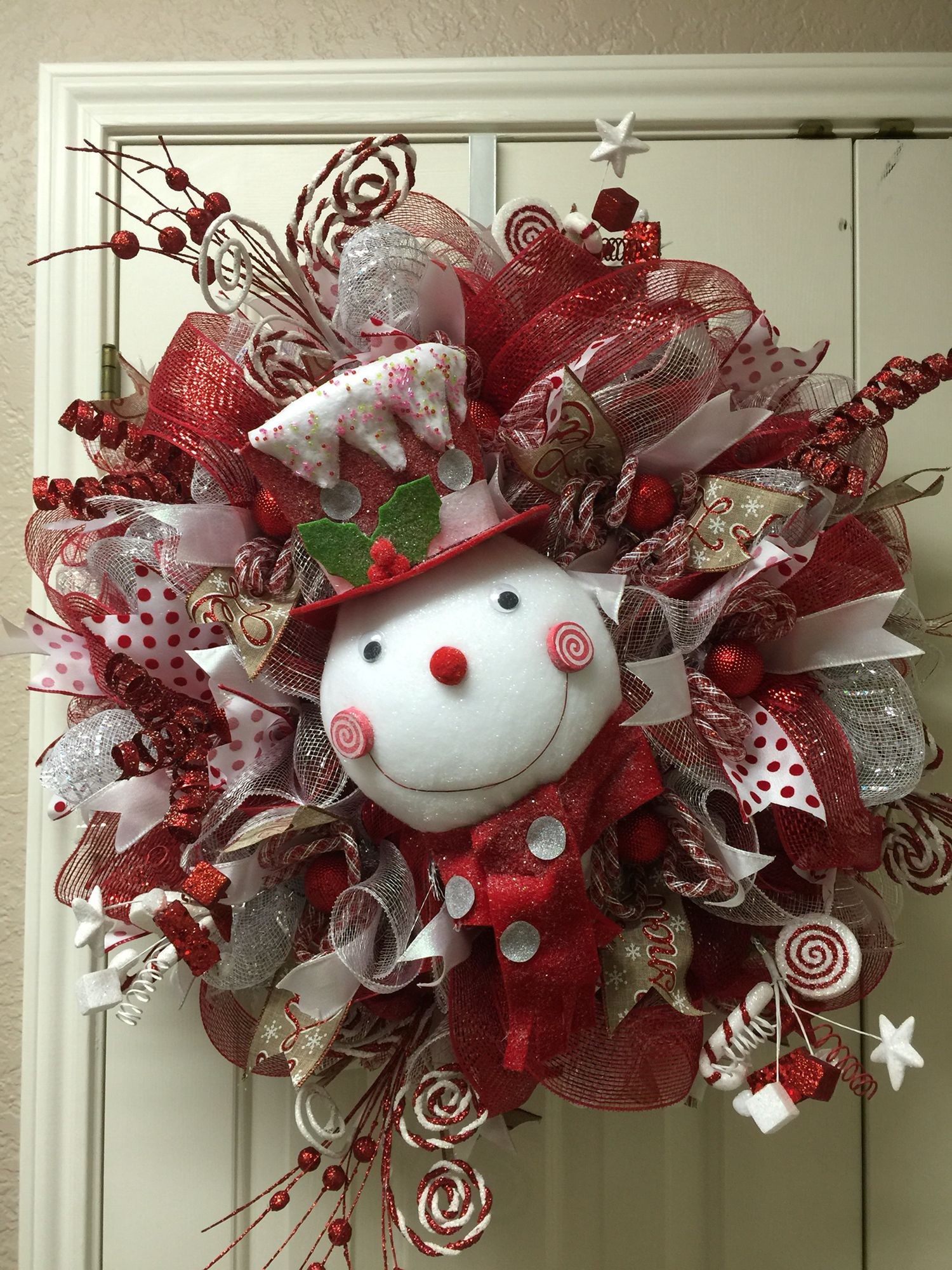 Best ideas about DIY Mesh Christmas Wreath . Save or Pin Snowman wreath by Twentycoats Wreath Creations Now.