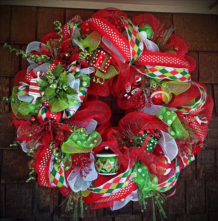 Best ideas about DIY Mesh Christmas Wreath . Save or Pin 25 best ideas about Christmas Mesh Wreaths on Pinterest Now.