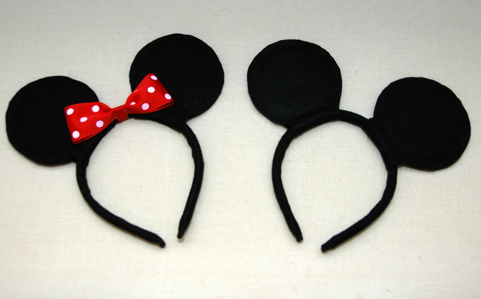 Best ideas about DIY Mickey Ears . Save or Pin e Creative Housewife DIY Mickey & Minnie Mouse Ears Now.