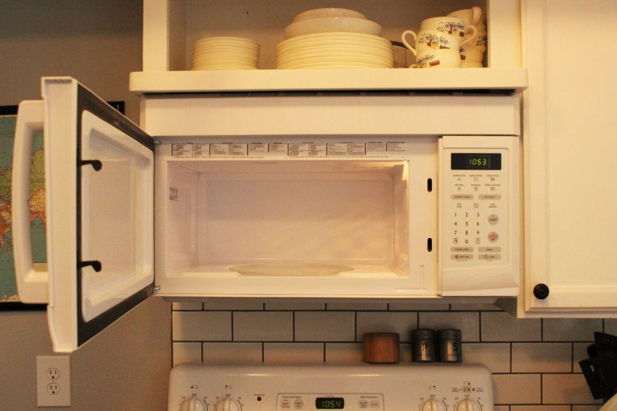 Best ideas about DIY Microwave Cleaner . Save or Pin DIY Simple and Natural Microwave Cleaner Now.