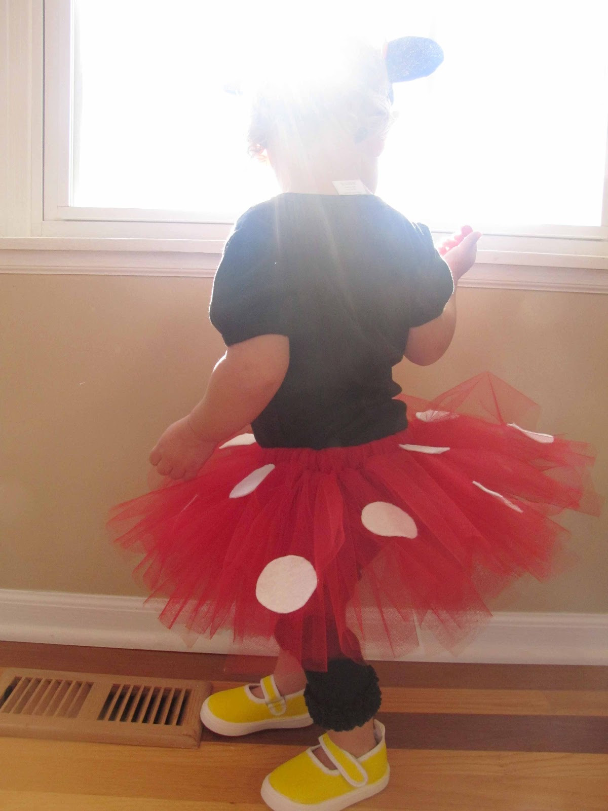 Best ideas about DIY Minnie Mouse Costume Tutu . Save or Pin How to Make A Minnie Mouse Tutu DIY Halloween Costume Now.