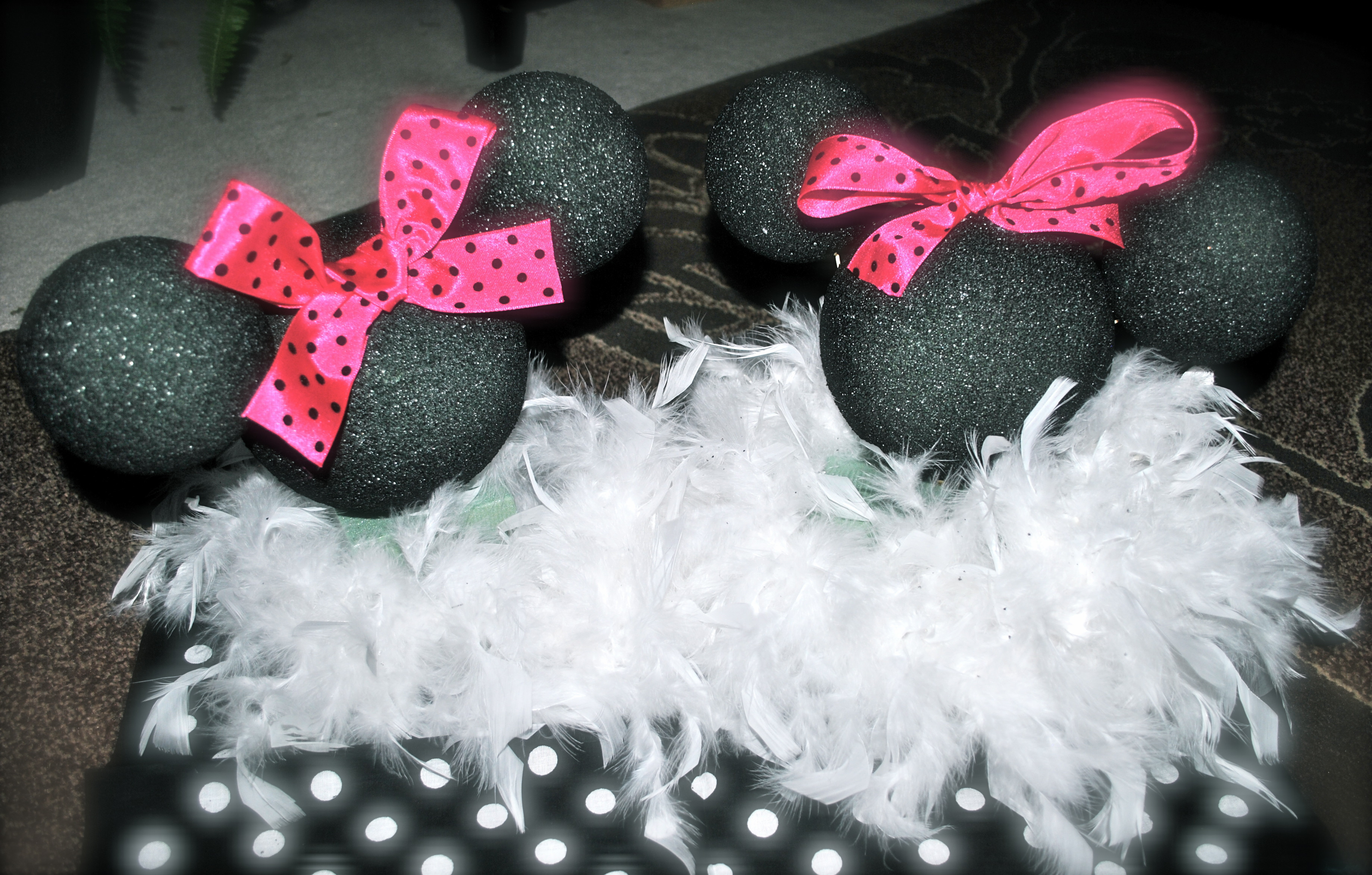 Best ideas about DIY Minnie Mouse Decorations . Save or Pin day 41 crafty diy minnie mouse centerpiece table Now.