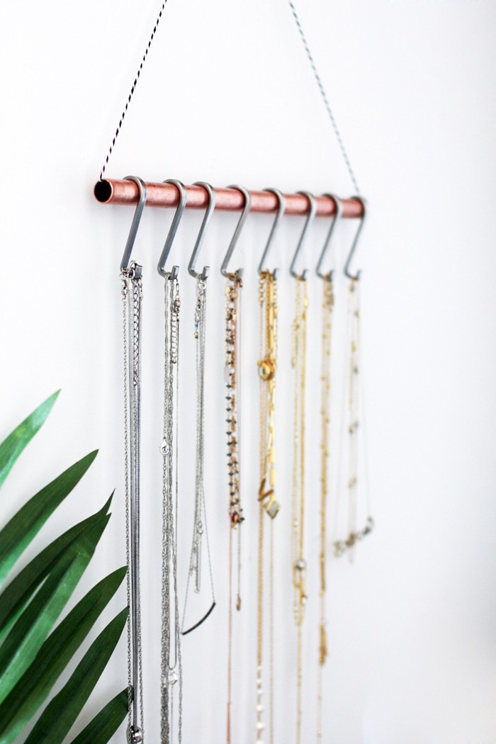 Best ideas about DIY Necklace Holder . Save or Pin DIY Necklace Holder for the minimalist Now.