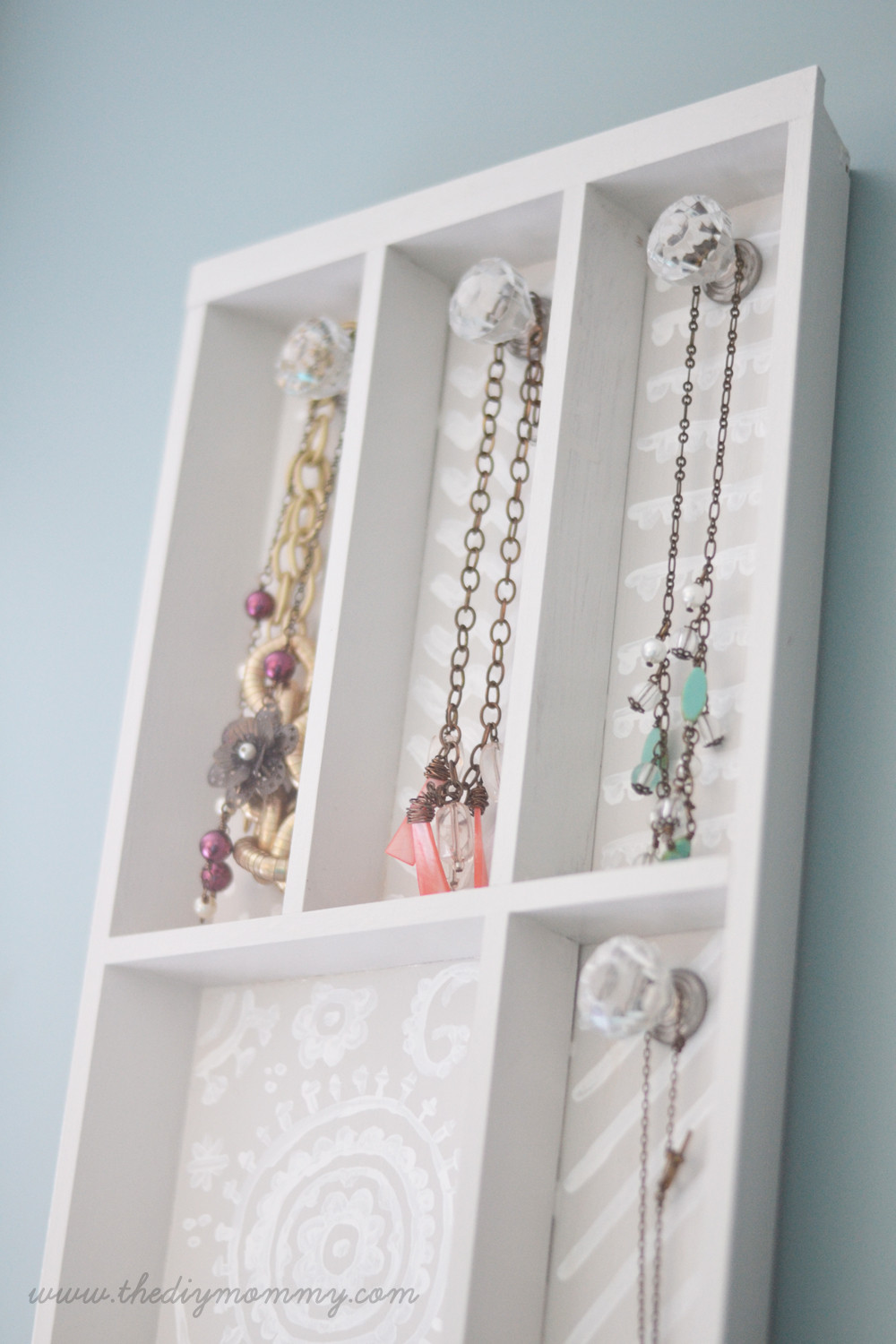 Best ideas about DIY Necklace Holder . Save or Pin Make a Jewelry Holder from a Cutlery Tray Now.