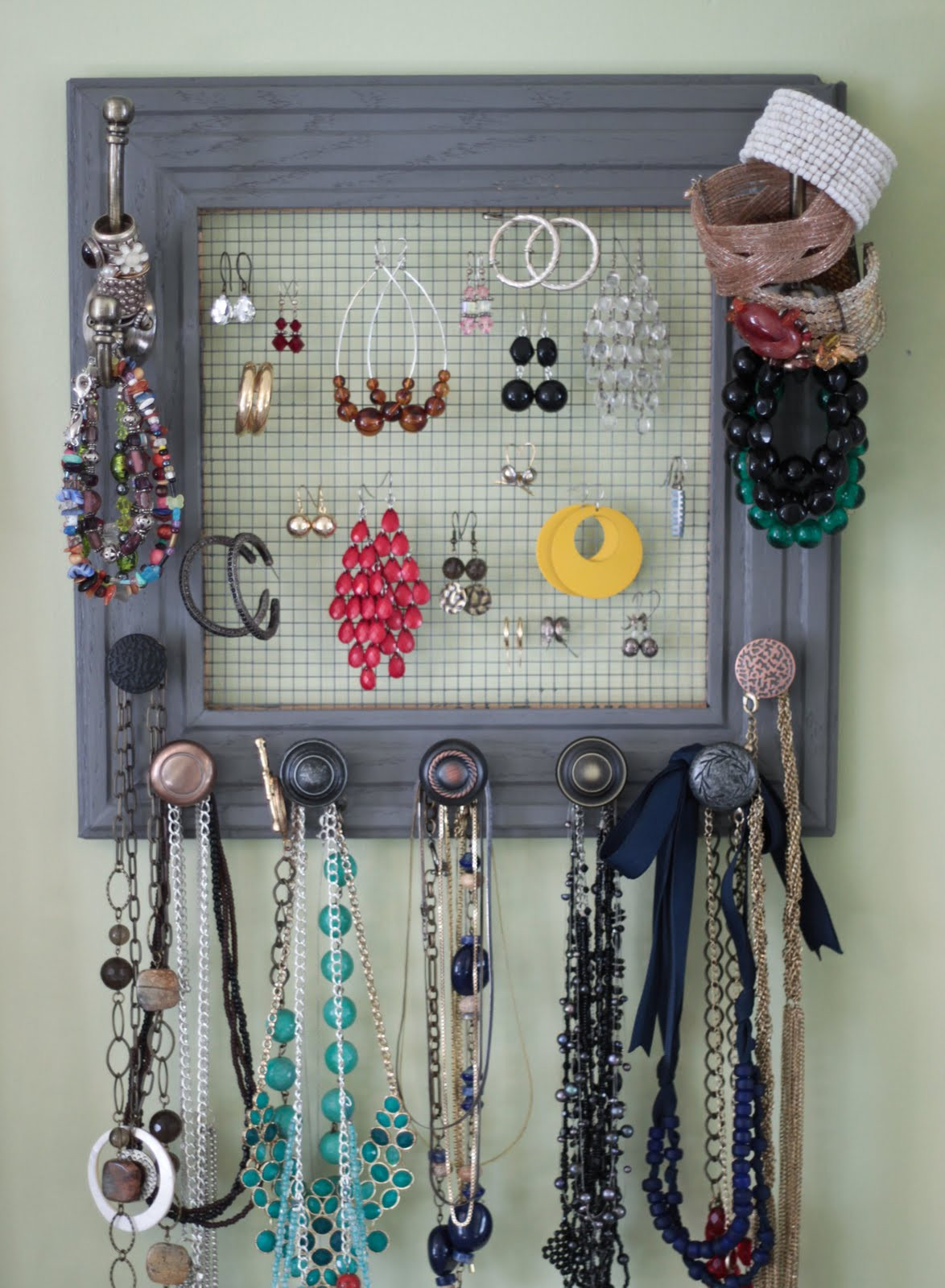 Best ideas about DIY Necklace Organizer . Save or Pin Rach s Blog DIY Jewelry Box My Wall Now.