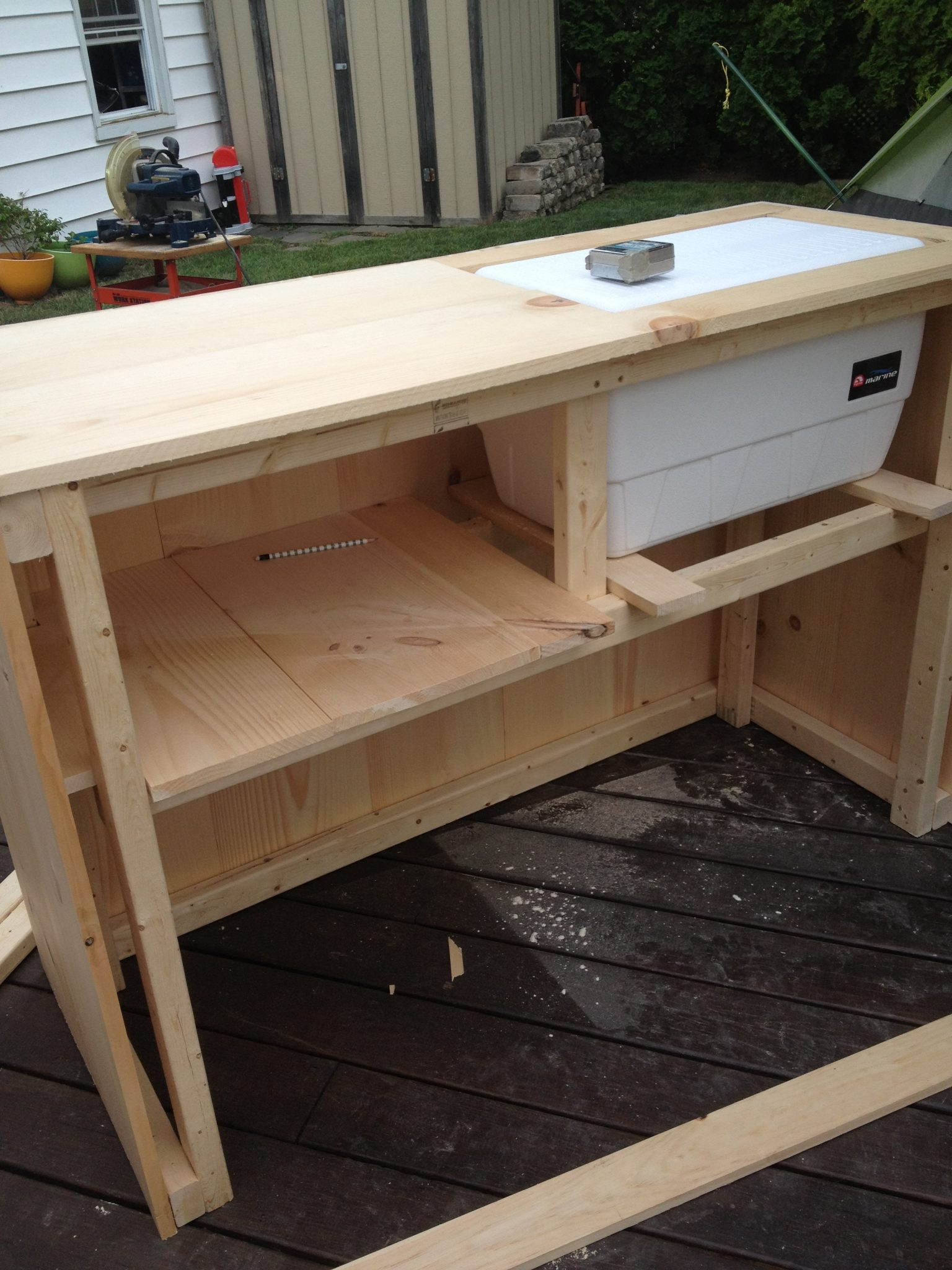 Best ideas about DIY Outdoor Bar Plans . Save or Pin DIY Outdoor Bar with built in cooler Now.