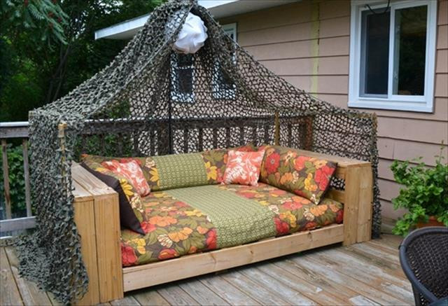 Best ideas about DIY Outdoor Bed . Save or Pin 12 DIY Pallet Daybed Ideas Now.