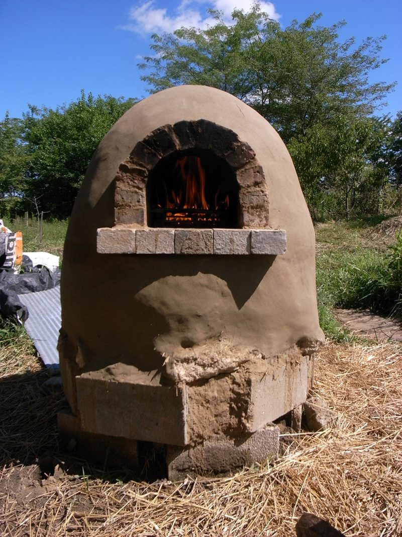 Best ideas about DIY Outdoor Pizza Oven . Save or Pin How to Make Outdoor Cob Pizza Oven DIY & Crafts Handimania Now.