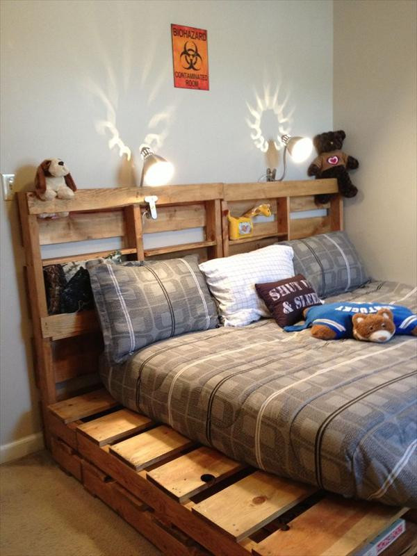 Best ideas about DIY Pallet Bed Frames . Save or Pin DIY Wooden Pallet Beds Now.