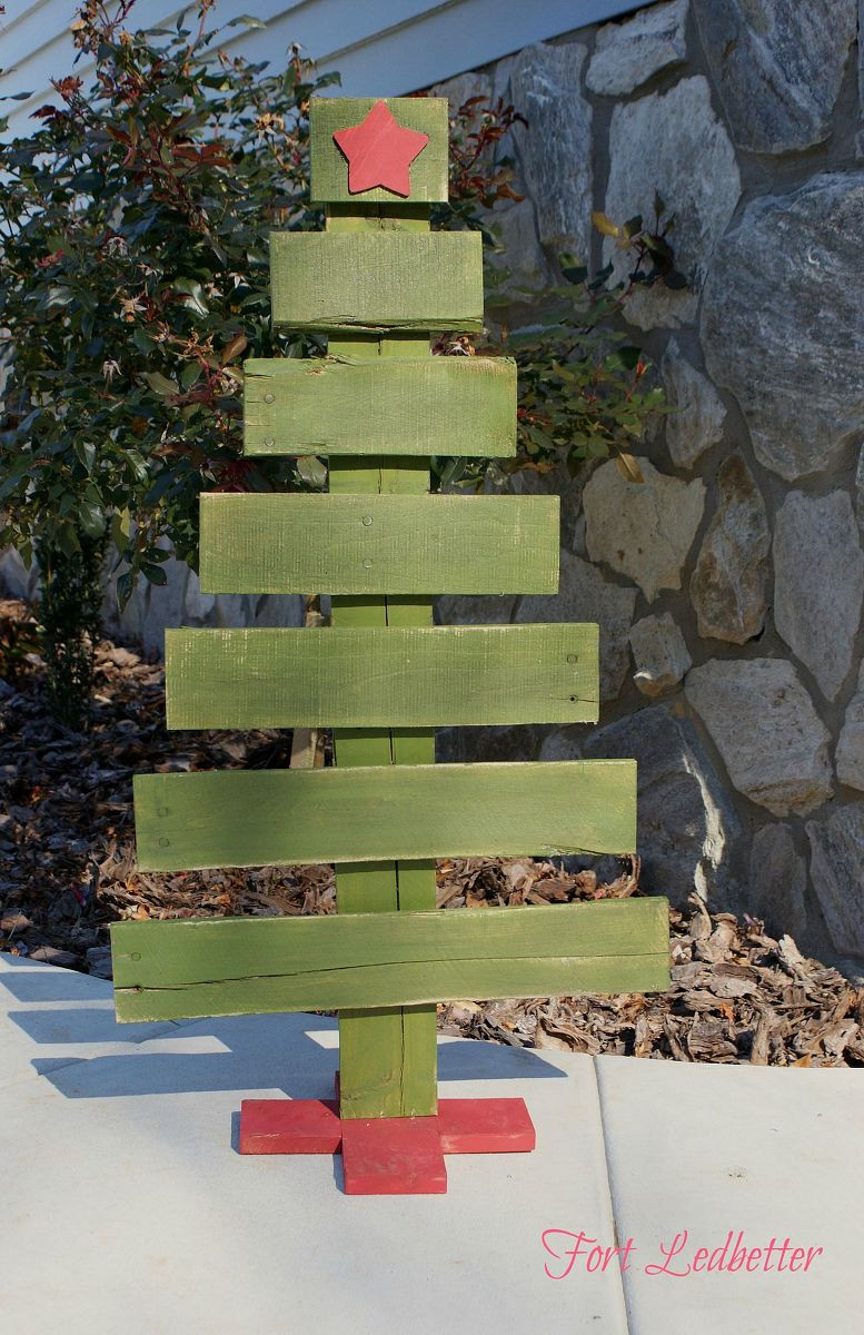 Best ideas about DIY Pallet Christmas Trees . Save or Pin Hometalk Now.