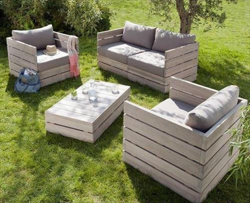 Best ideas about DIY Pallet Outdoor Furniture . Save or Pin 12 Amazing DIY Pallet Outdoor Furniture Ideas Now.