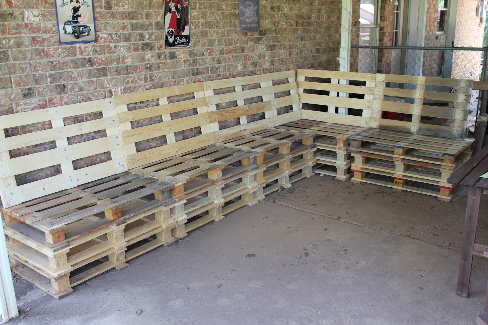 Best ideas about DIY Pallet Outdoor Furniture . Save or Pin DIY Outdoor Patio Furniture from Pallets Now.