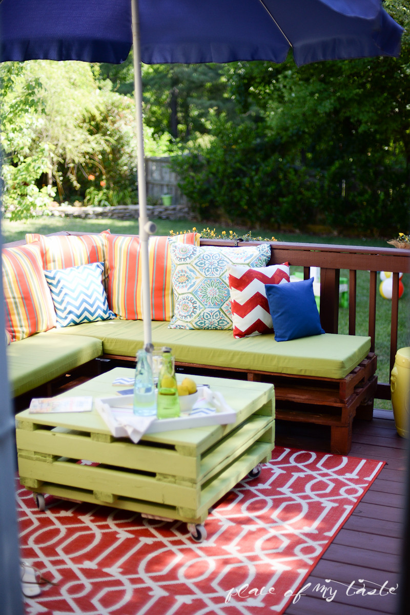 Best ideas about DIY Pallet Outdoor Furniture . Save or Pin DIY PALLET FURNITURE Now.