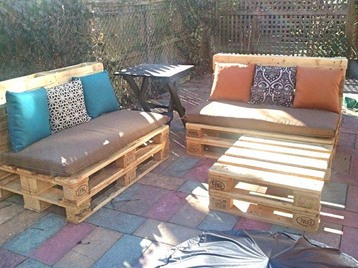 Best ideas about DIY Pallet Outdoor Furniture . Save or Pin Turn old pallets into patio furniture Now.