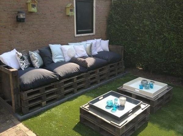 Best ideas about DIY Pallet Outdoor Furniture . Save or Pin 39 outdoor pallet furniture ideas and DIY projects for patio Now.