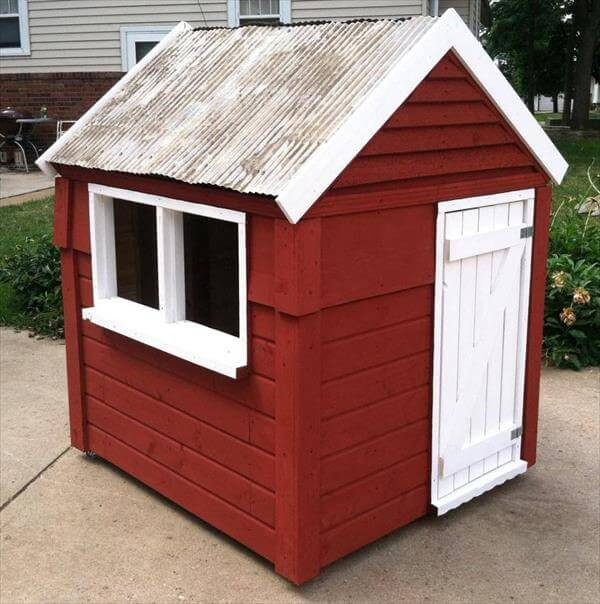 Best ideas about DIY Pallet Playhouse Plans . Save or Pin Build Easy DIY Playhouse From Pallets Now.